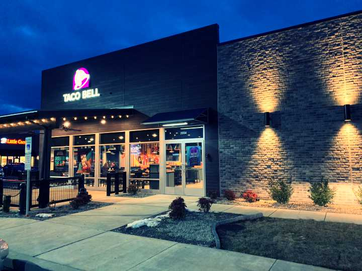 New Taco Bell Open For Business